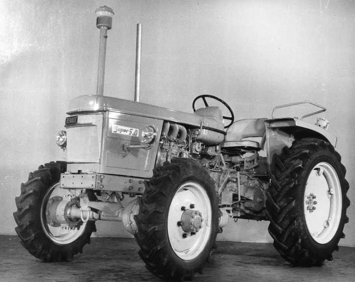 30 ans renault mais tracteur bistrot forum 4l. Black Bedroom Furniture Sets. Home Design Ideas